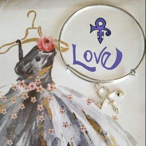 """Universal sign of ""Love""Charm Bracelet"